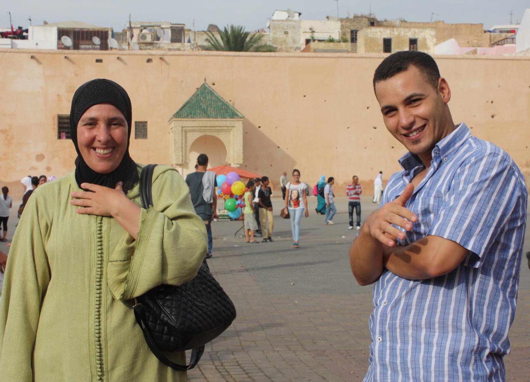 Rabha and Omar meet in Meknes to begin training Hicham.