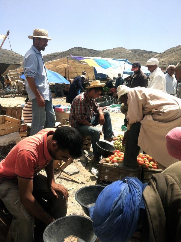 Cooperative Chorouk, Anou Community, Tounfite,  Moroccan Craft, Moroccan Artisans, Fatima Haddu, Flatweave, Hanbel, Design Explore, Moroccan Food, Moroccan Cooking, Tounfite Souq, Tounfite Market
