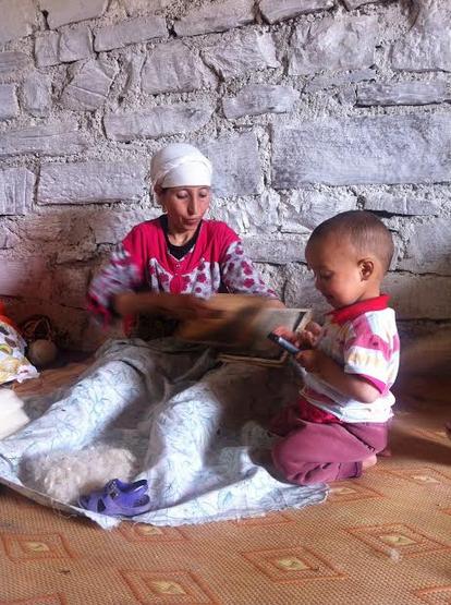 Cooperative Chorouk, Anou Community, Tounfite,  Moroccan Craft, Moroccan Artisans, Fatima Haddu, Flatweave, Hanbel, Family